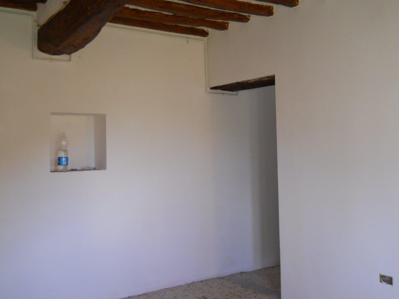 Casa singola in affitto a Calci (PI)