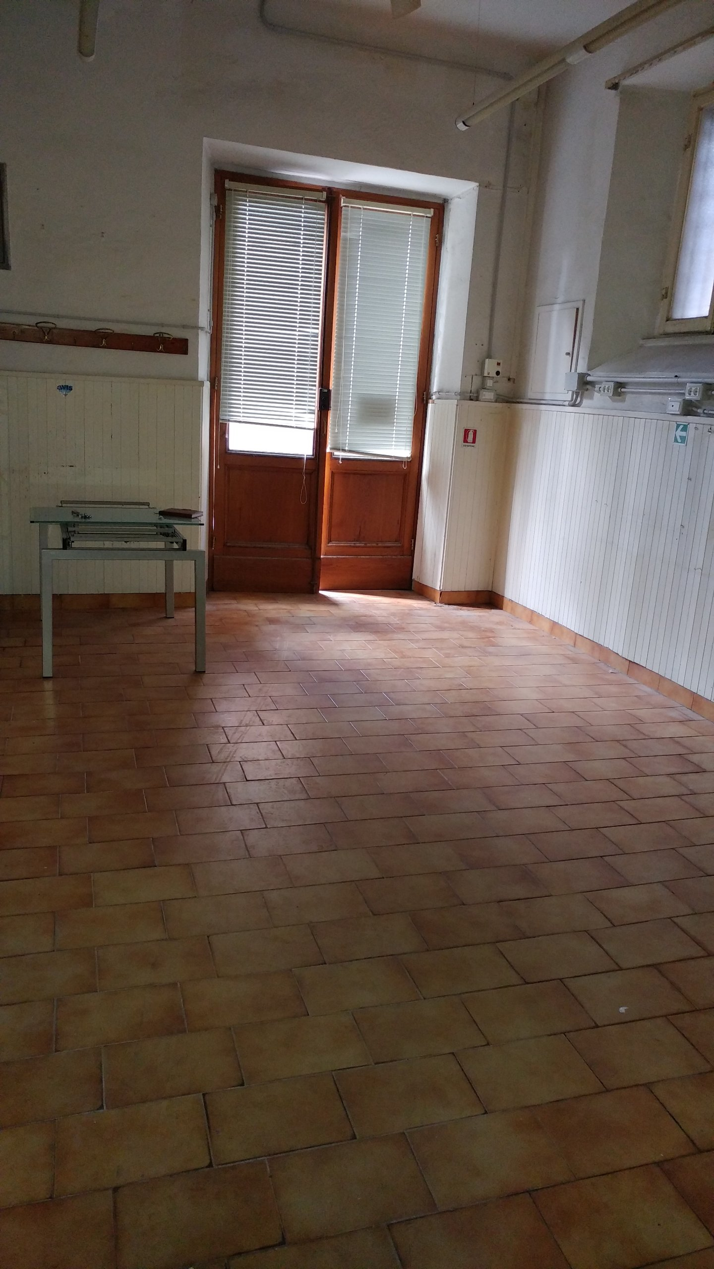 Negozio / Locale in affitto a Siena, 3 locali, prezzo € 750 | CambioCasa.it