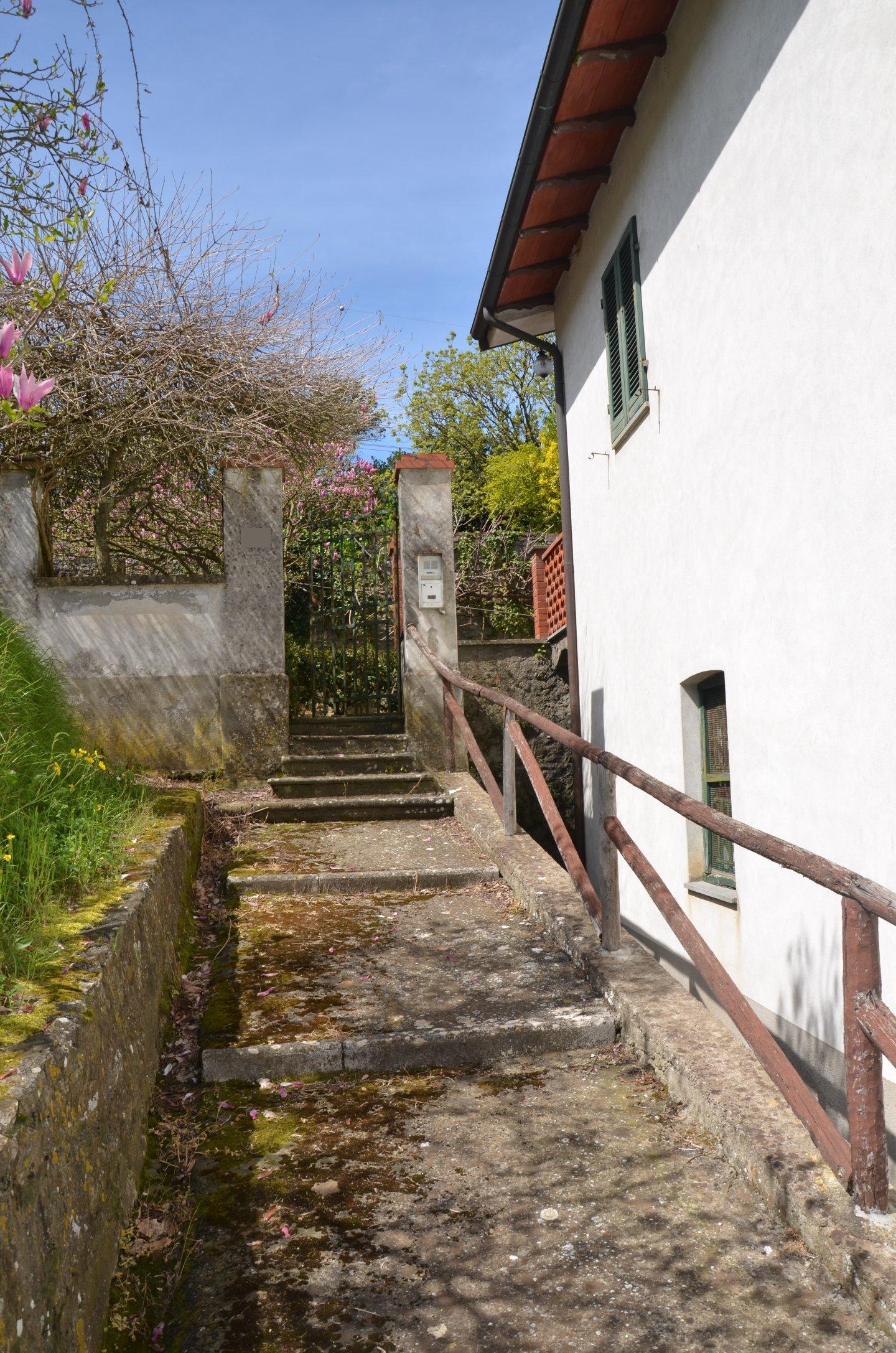 Casa singola in vendita a Lucca
