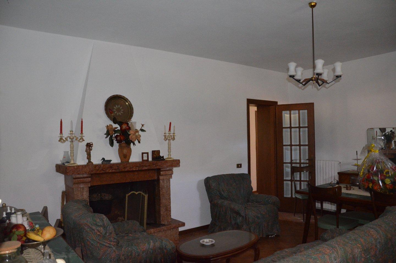 Casa singola in vendita, rif. 624