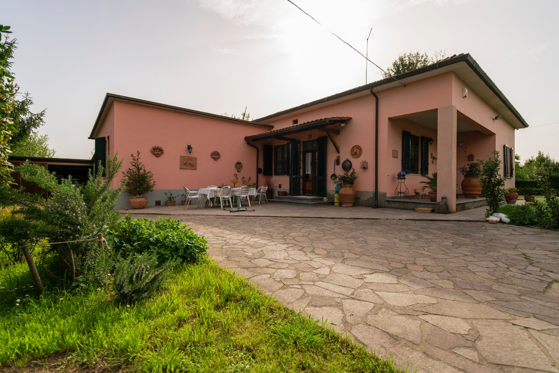 Casa singola in vendita a Colignola, San Giuliano Terme (PI)