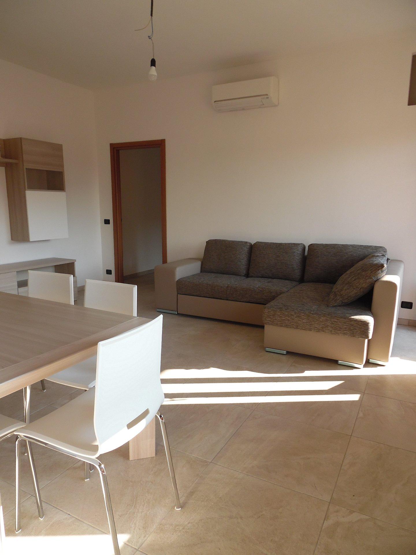 Appartamento in affitto vacanze, rif. AR258
