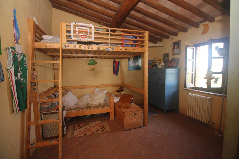 Farmhouse for sale, ref. C/47