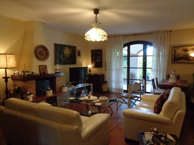 Villetta bifamiliare in vendita, rif. 696