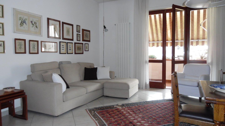 Appartamento in affitto vacanze, rif. AV320