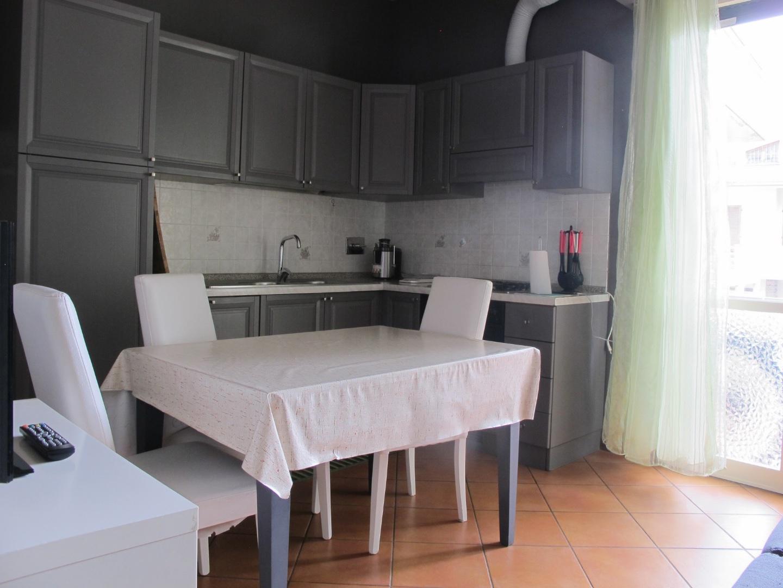 Appartamento in affitto, rif. 7657-02