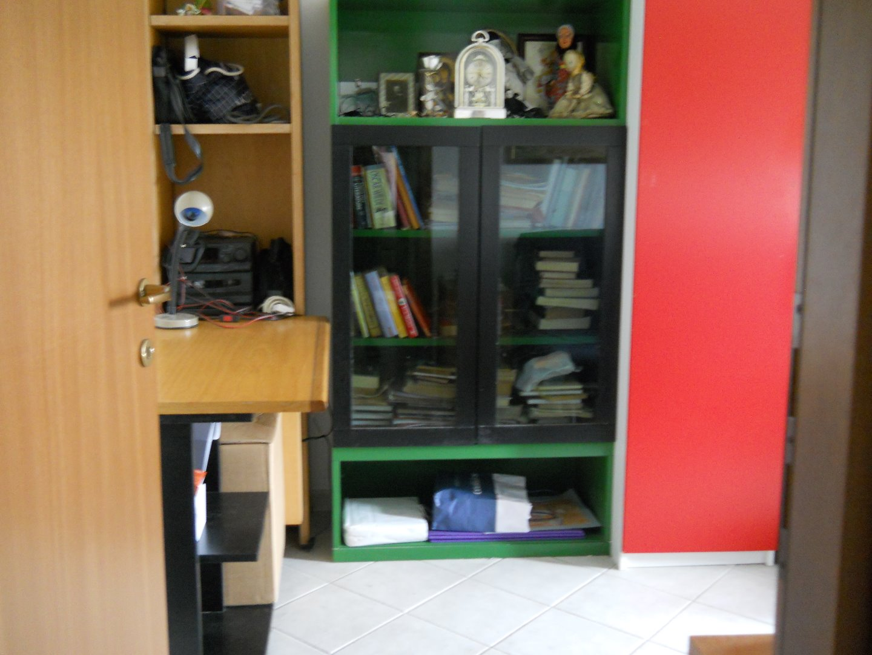 Appartamento in vendita, rif. CA064A.