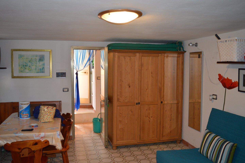 Casa semindipendente in vendita, rif. CAST/02