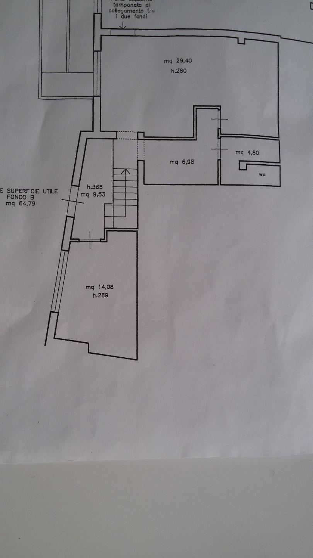 Locale comm.le/Fondo in affitto commerciale, rif. a39/220