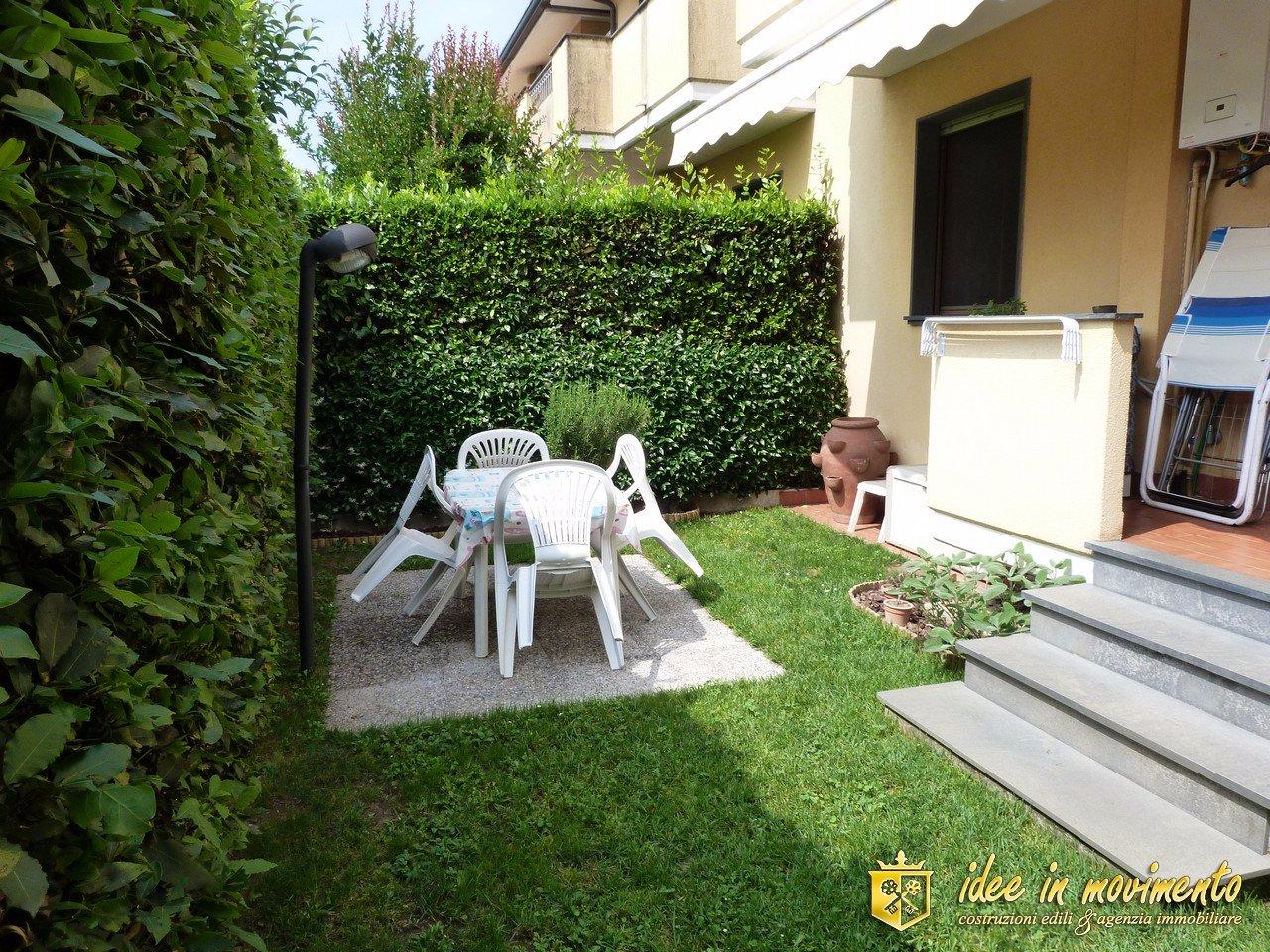 Apartment for sale in Marina Di Massa, Massa