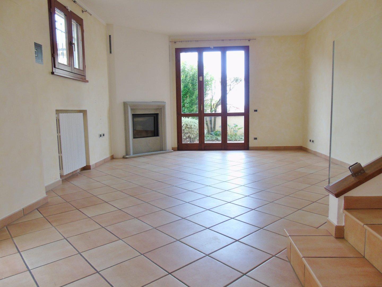 Villetta bifamiliare in vendita, rif. 766V