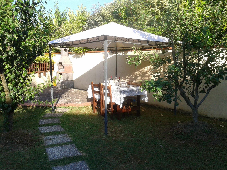 Appartamento in vendita a Peccioli, 3 locali, prezzo € 130.000 | CambioCasa.it