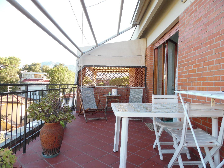 Attico/Mansarda in affitto vacanze a Ronchi, Massa