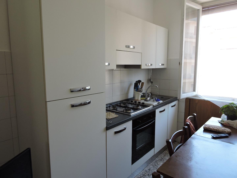 Appartamento in affitto, rif. a39/228