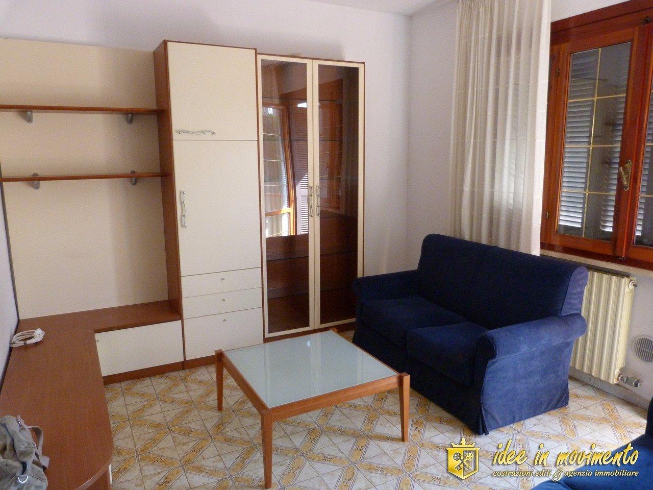 Appartamento in affitto a Ronchi, Massa