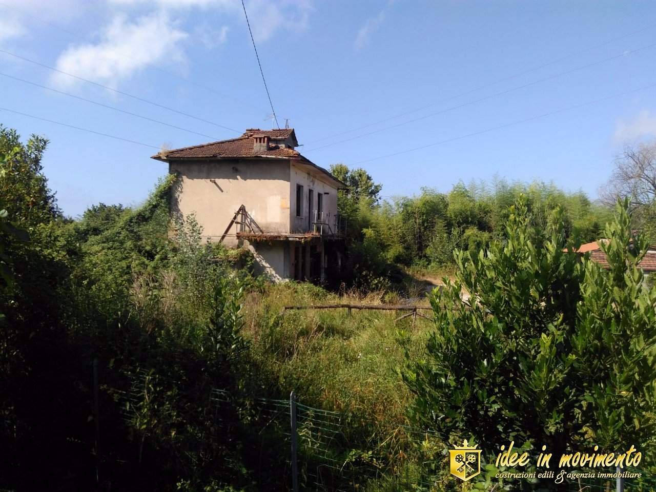 Single-family house for sale in Romagnano, Massa