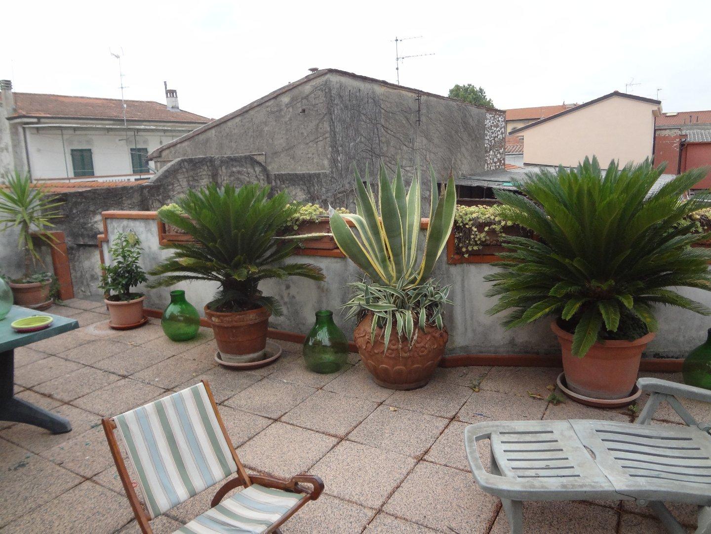 Stabile/Palazzo in vendita a Cascina (PI)