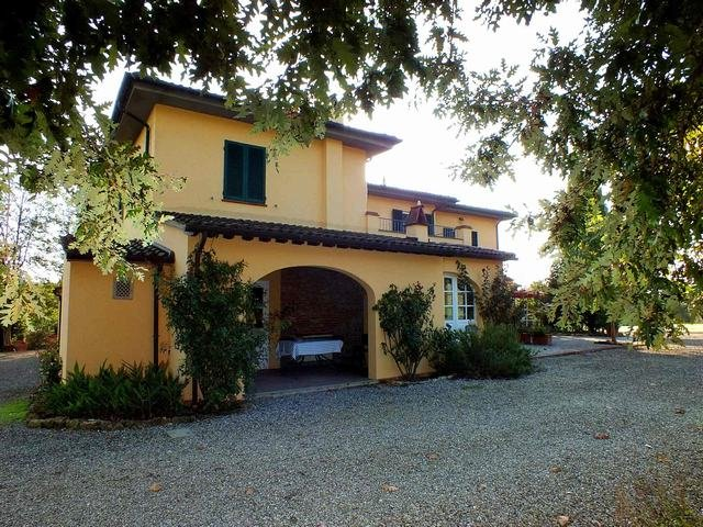 Colonica/casale in vendita a Crespina Lorenzana (PI)