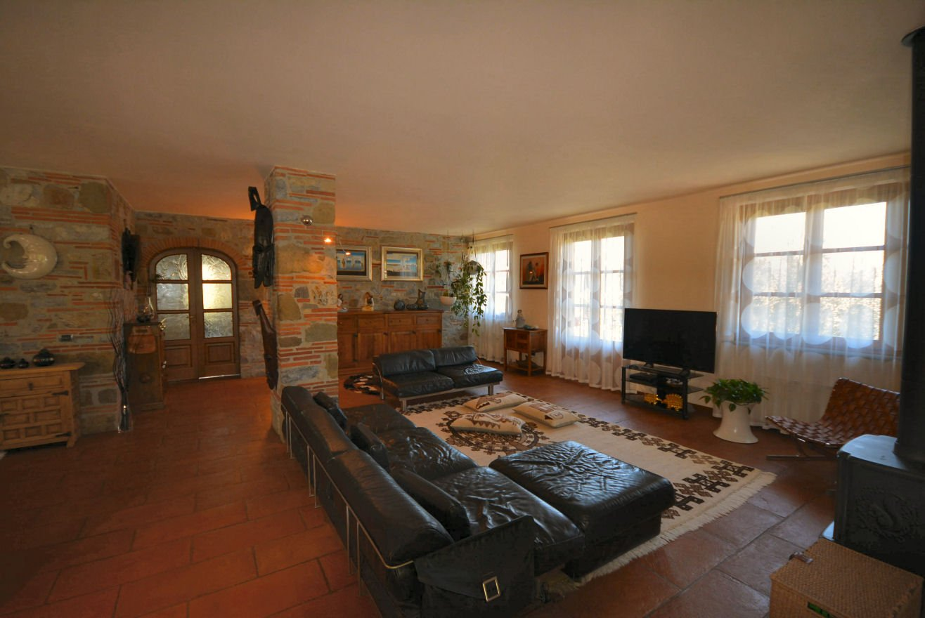 Colonica/casale in vendita a Lucca