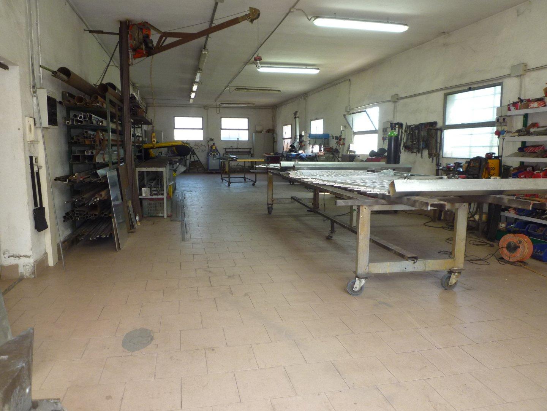 Capannone artigianale in vendita a Santa Maria a Monte (PI)