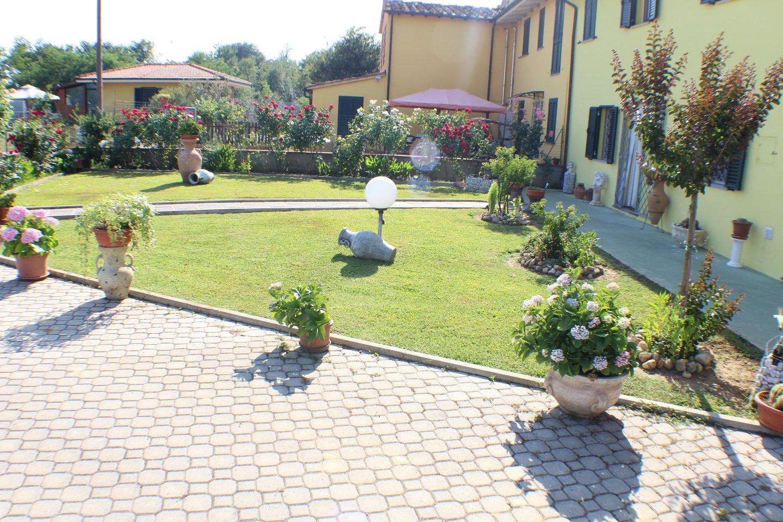 Villa in vendita a Castelfranco di Sotto, 6 locali, prezzo € 499.000 | CambioCasa.it