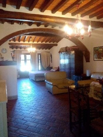 Colonica/casale in affitto a Calcinaia (PI)