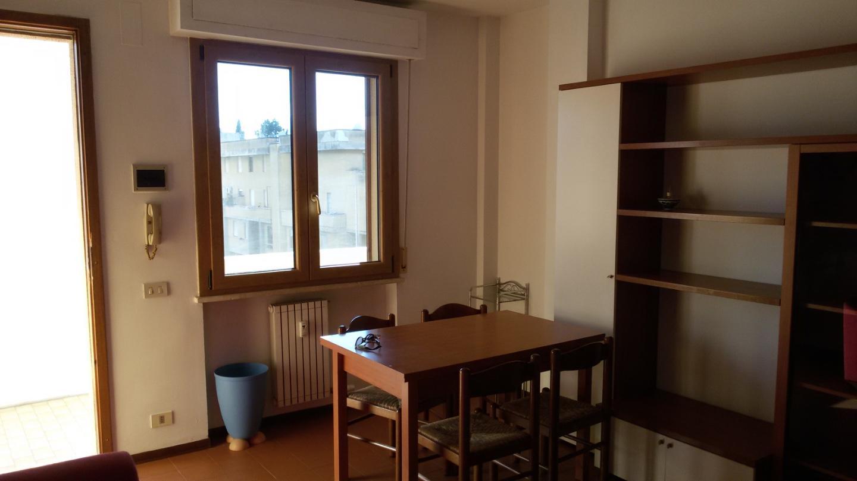 Appartamento in affitto, rif. a39/234