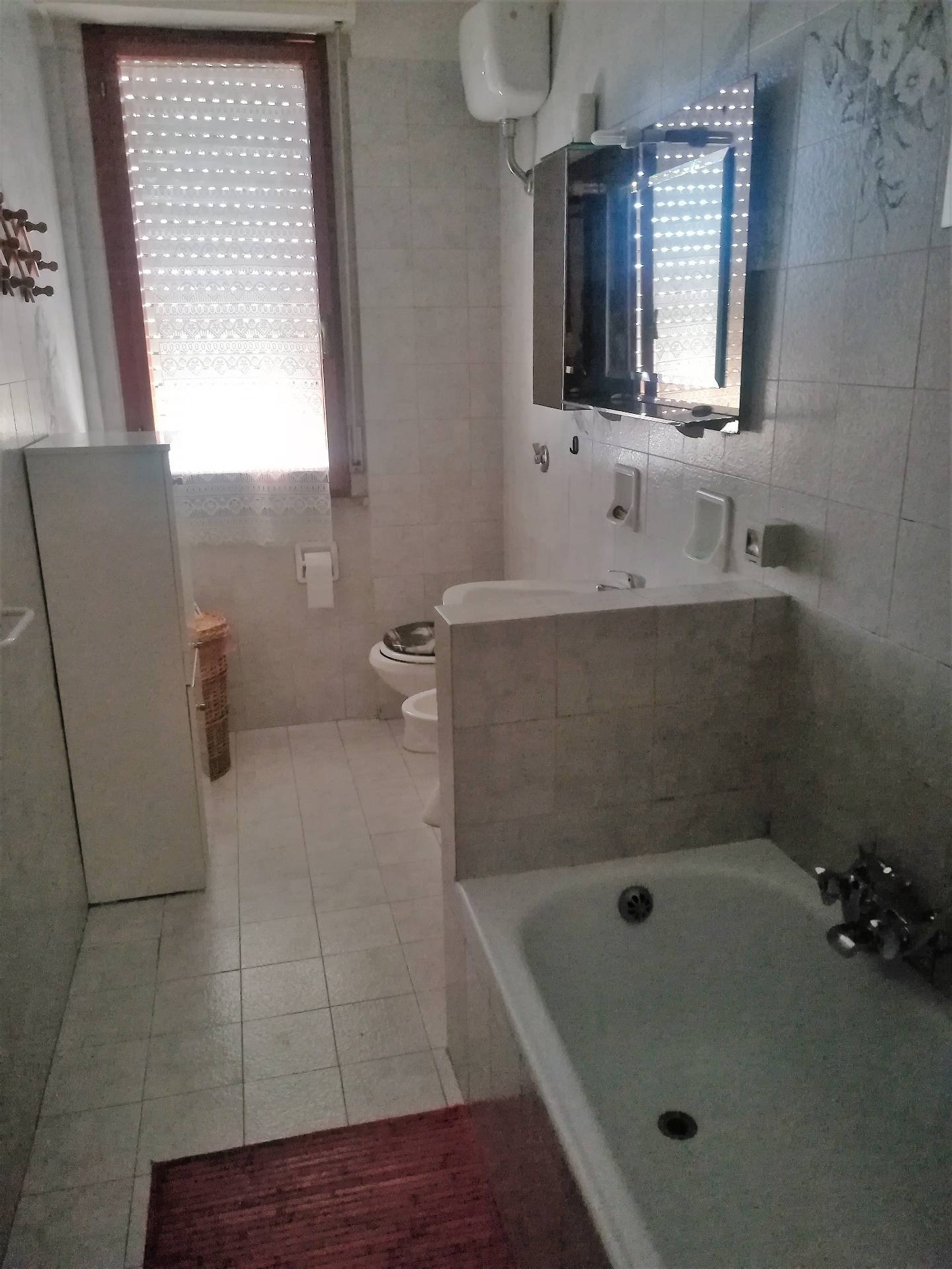 Appartamento in Affitto, rif. 274af
