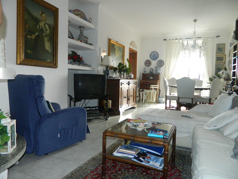 Appartamento in vendita a Sarzana, 5 locali, prezzo € 289.000 | PortaleAgenzieImmobiliari.it