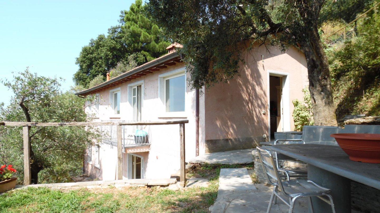 Villa singola in vendita a Montignoso (MS). Rif:VD74