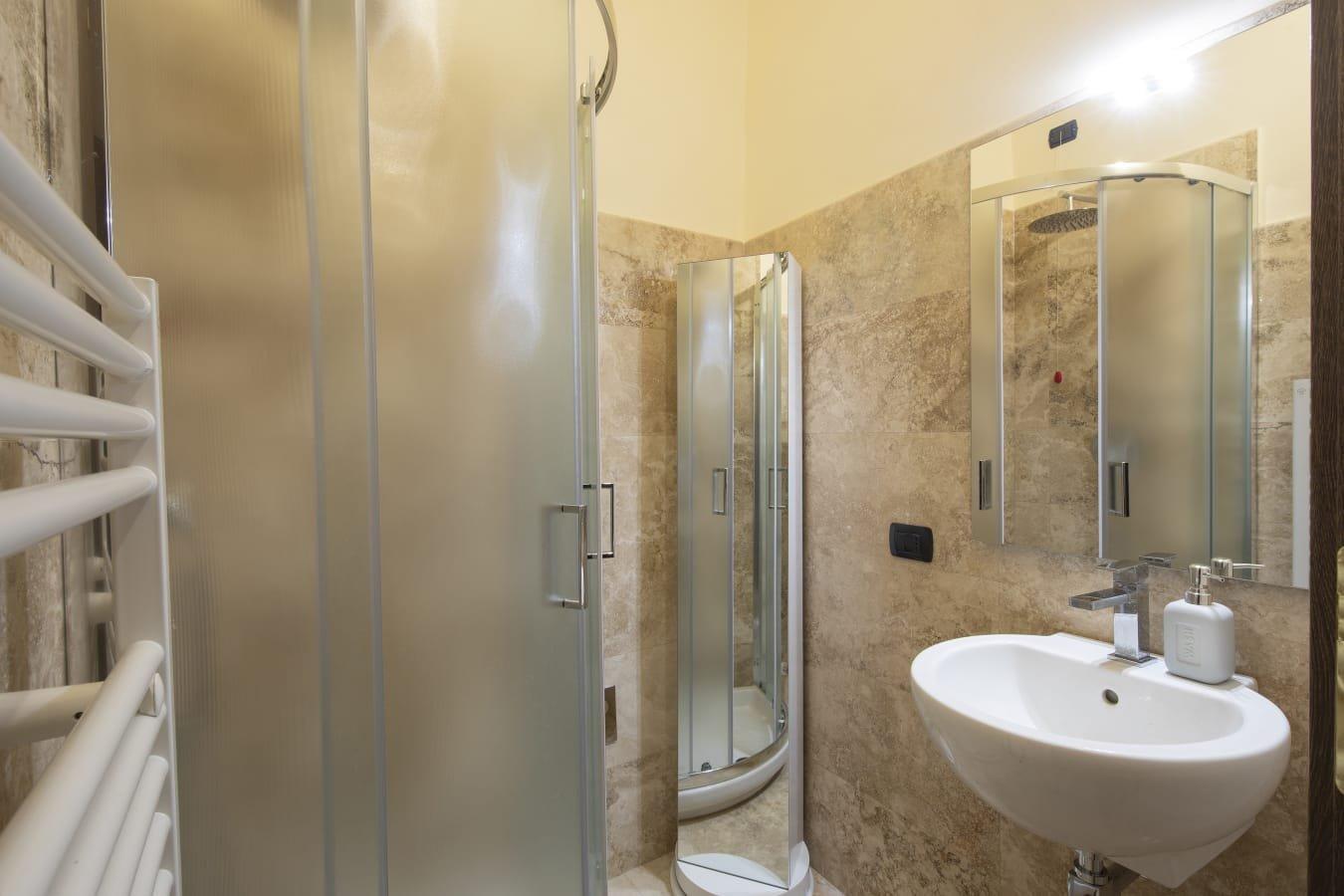 Appartamento in affitto, rif. R522