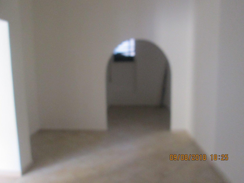 Locale comm.le/Fondo in affitto commerciale, rif. C16
