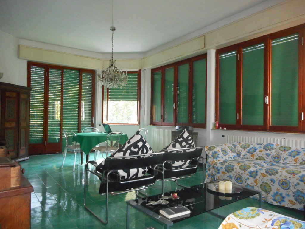 Villa singola in vendita - Poveromo, Massa