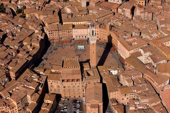 Albergo/Hotel in vendita a Siena