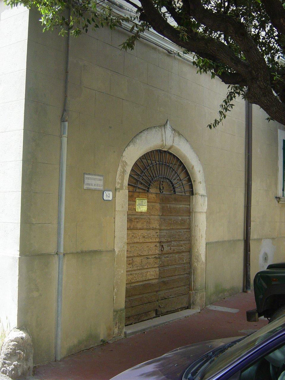 Locale comm.le/Fondo in vendita a Rosignano Marittimo (LI)