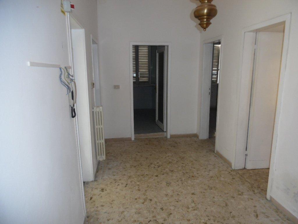 Ufficio in affitto a Pontedera (PI)