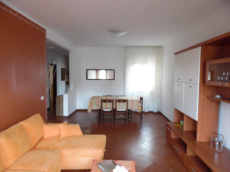 Appartamento in affitto a Massa. Rif:AV322
