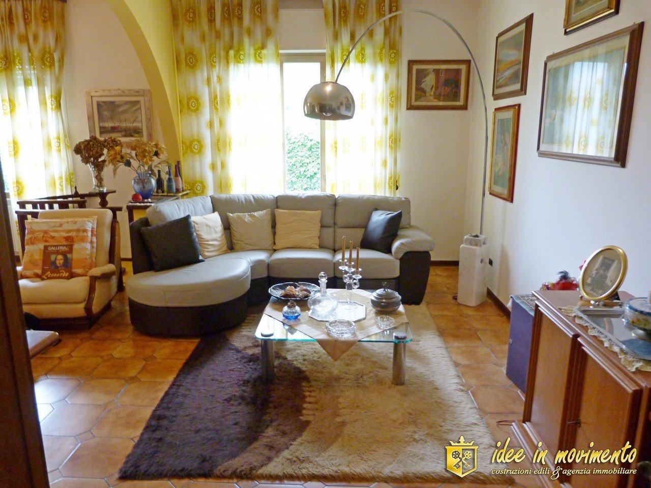 Villetta bifamiliare/Duplex in vendita a Marina Di Massa, Massa