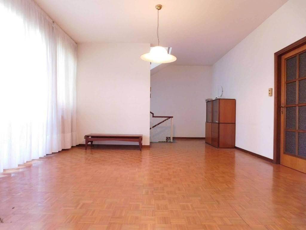 Villetta bifamiliare/Duplex in vendita, rif. 697