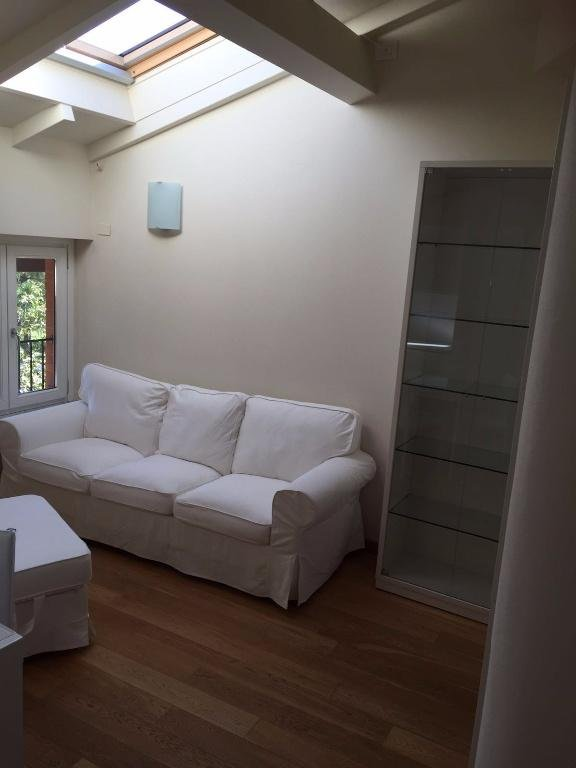 Appartamento in affitto, rif. A1003