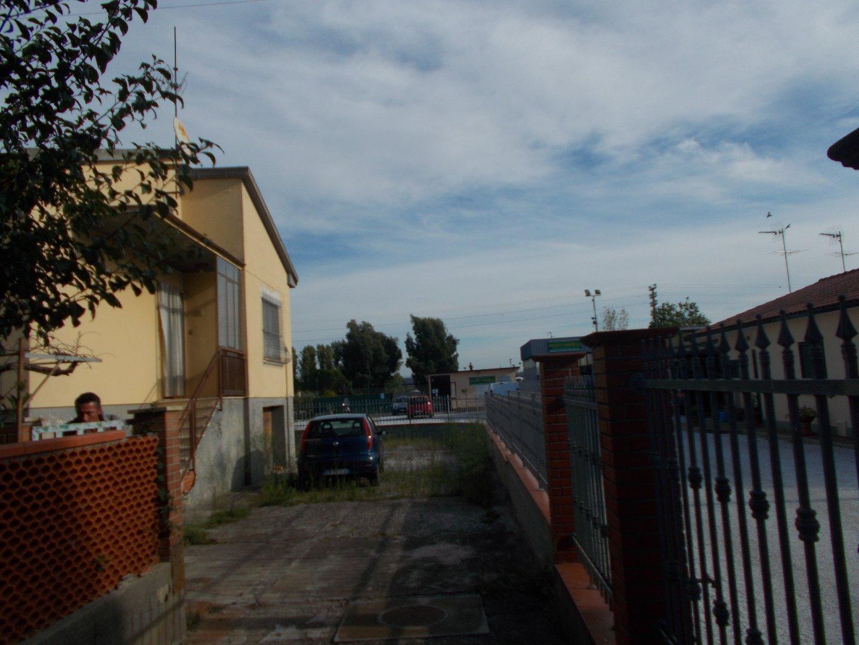 Casa singola a Collesalvetti