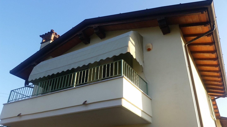 Villetta trifamiliare in vendita a Massa