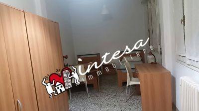 Appartamento in affitto, rif. 2 CAMERE GRANDI IN CENTRO € 690