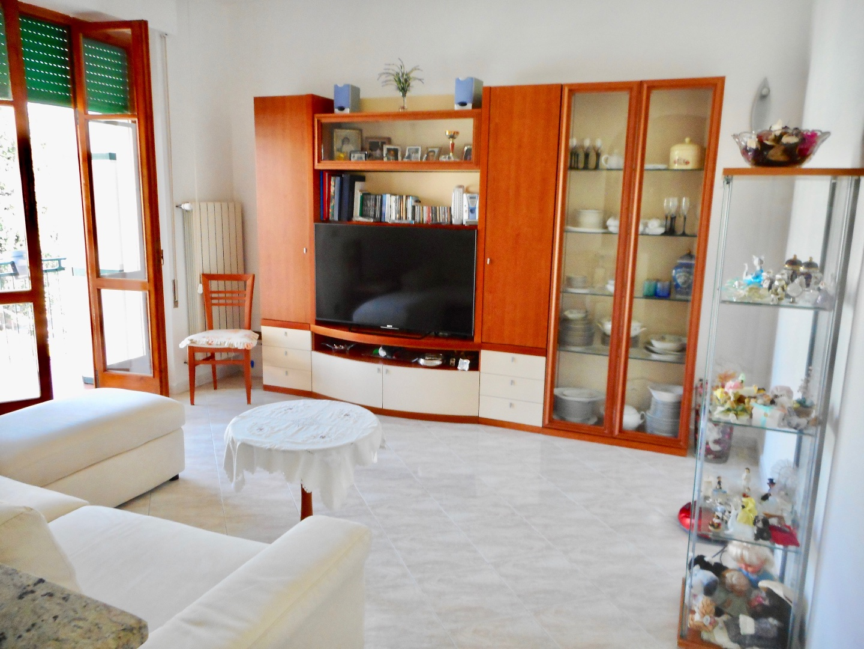 Appartamento in vendita, rif. LOG-245