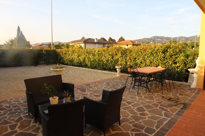 Appartamento in vendita a Larciano, 4 locali, prezzo € 155.000 | PortaleAgenzieImmobiliari.it