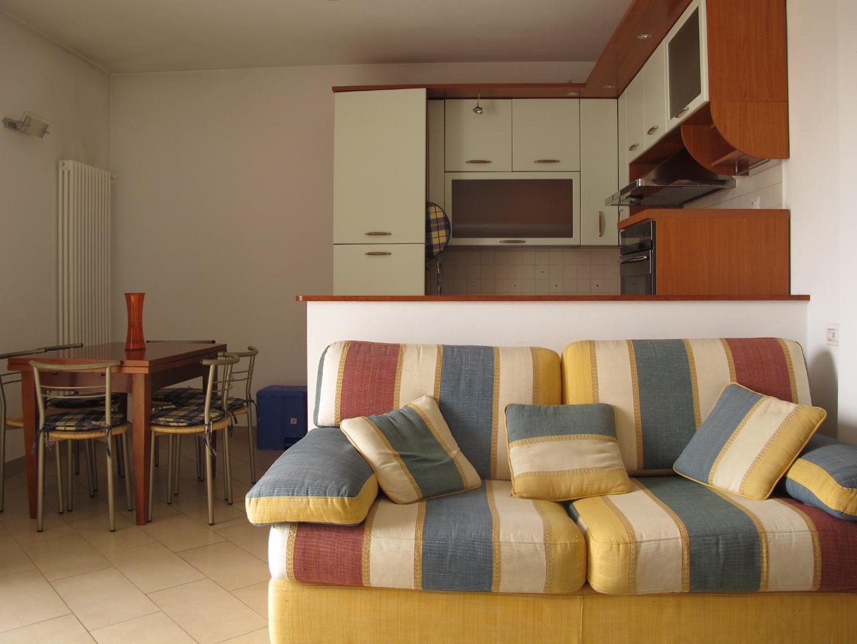 Appartamento in affitto, rif. 8361-03