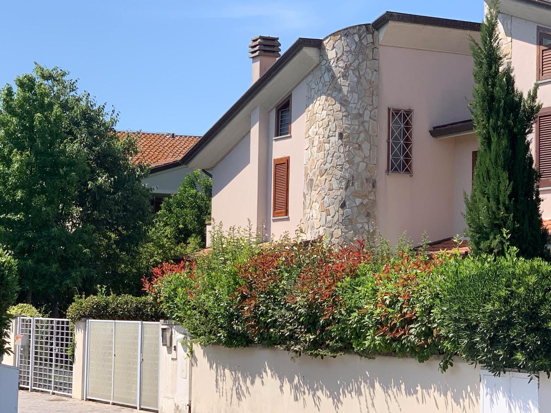 Villetta bifamiliare in vendita a Mezzana, San Giuliano Terme (PI)