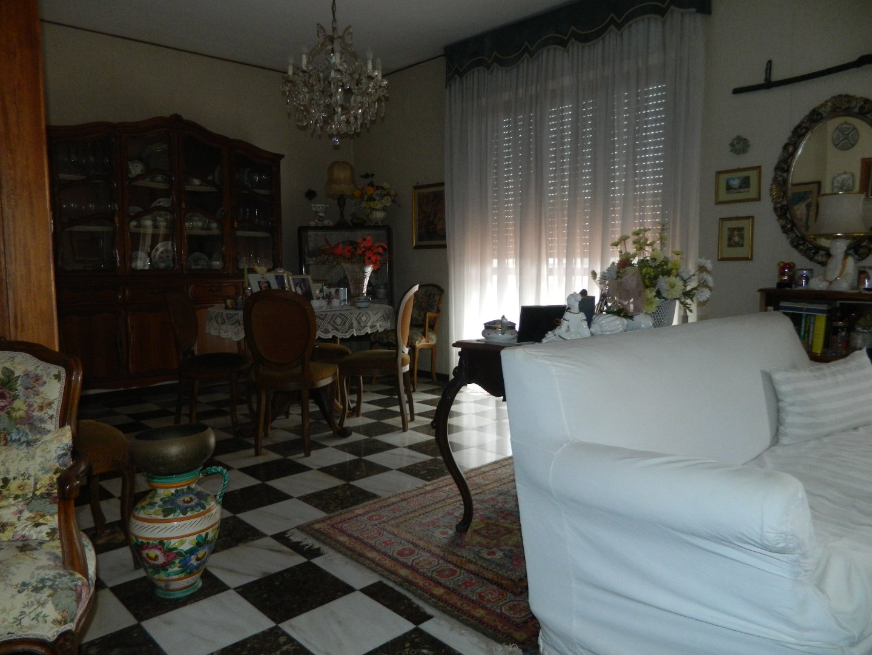 Foto 11/27 per rif. 106491