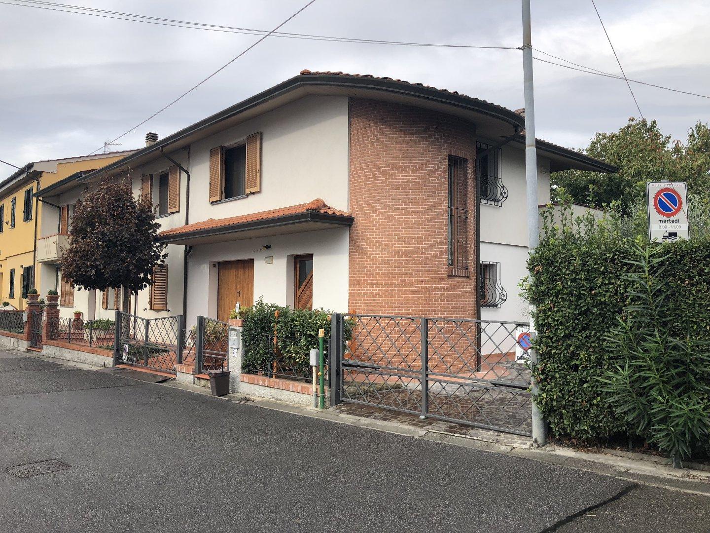 Villetta bifamiliare/Duplex a Calcinaia