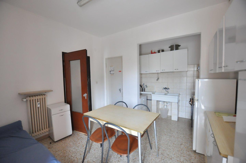 Appartamento in affitto, rif. L146